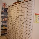 in unseren Schubsäulen lagern über 20.000 Packungen für Sie